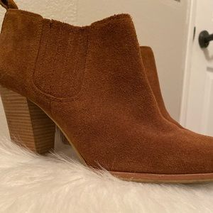 Micheal Kors Brown Booties